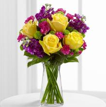 Yellow roses with mixed flowers bouquet