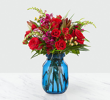 Red and blue mixed bouquet